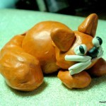 Толстый кот из пластилина