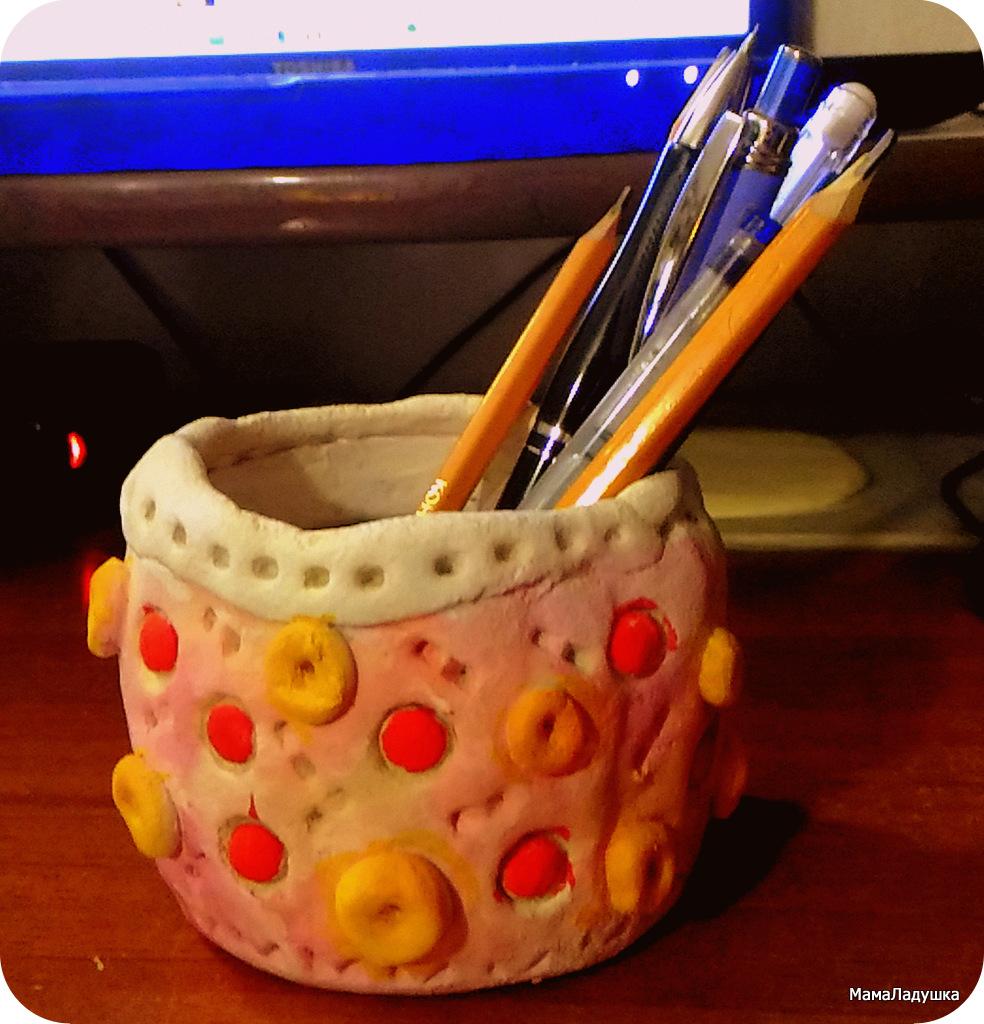 стаканчик для карандашей