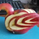 Яблочный лебедь