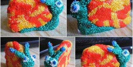 Улитка из шарикового пластилина