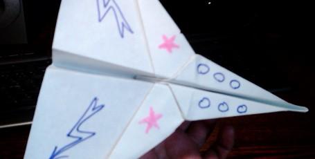 Бумажные самолетики — ИСТРЕБИТЕЛЬ