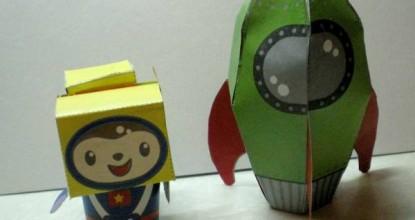 Ракета и космонавт