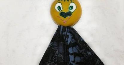 Каспер из шарика от пирамидки.